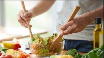 Η σωστή διατροφή βελτιώνει τη γονιμότητα των ανδρών